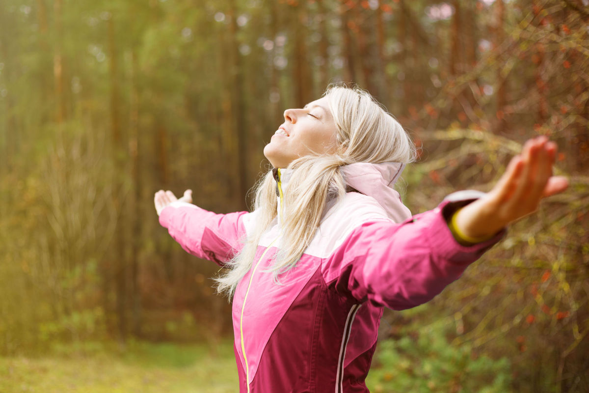 """CTW A study reports that those who walk in nature report less brooding, """"quieter"""" brains and improved moods, compared to those who walk in urban settings."""
