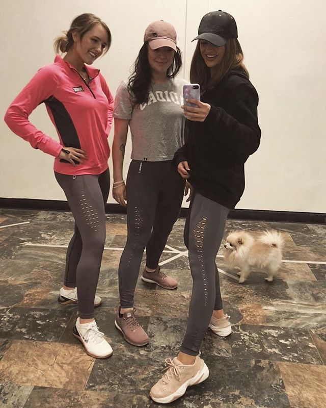 that cutie pie on the left there is the one I hold responsible for my #gymshark habit - & many of my clients now too😉 ..if only we organized a group photo LOL #thankubailey #JessicaRoscoeFIT #fafi