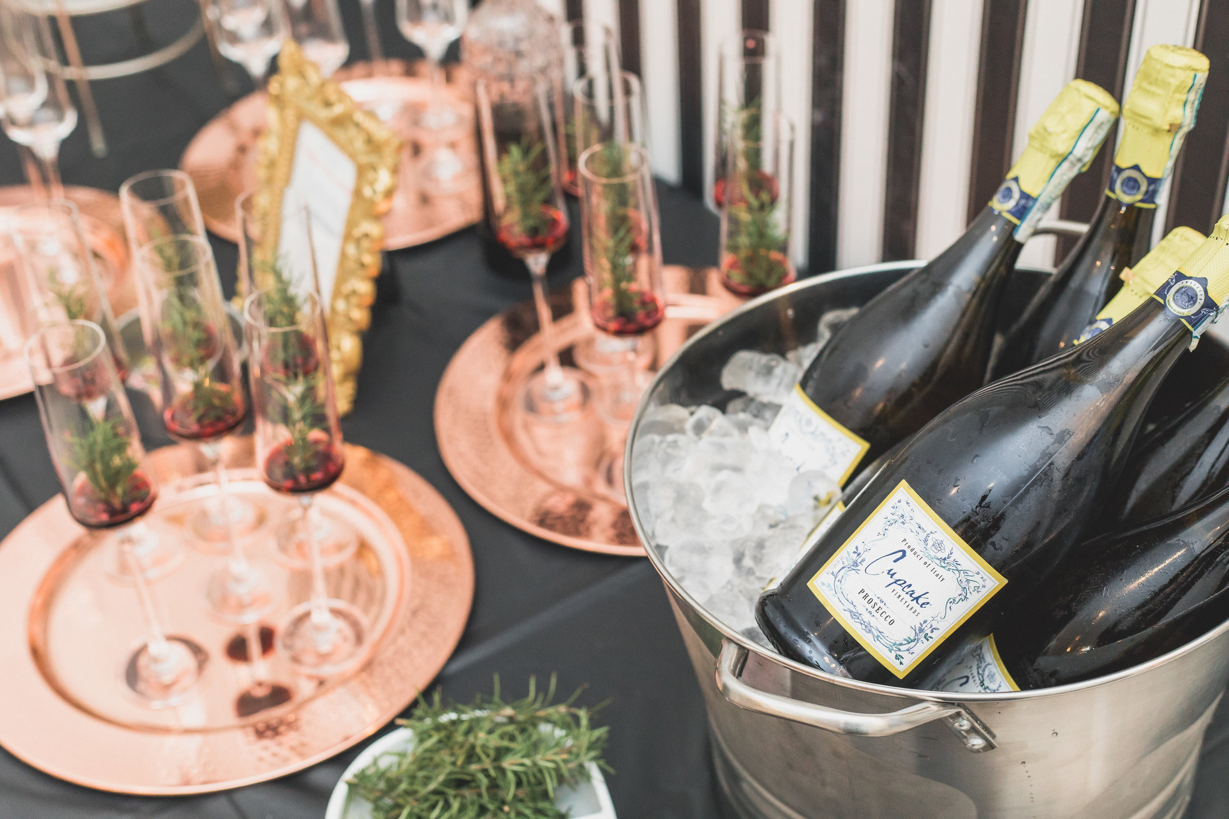 prosecco-cocktails-houston-happy-hour
