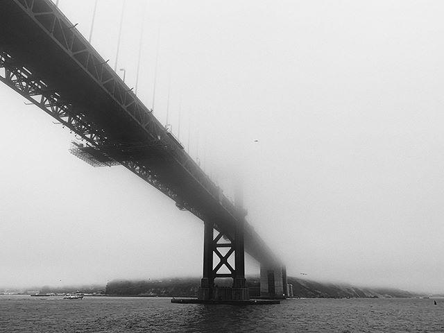 Golden Gate, but dark mode