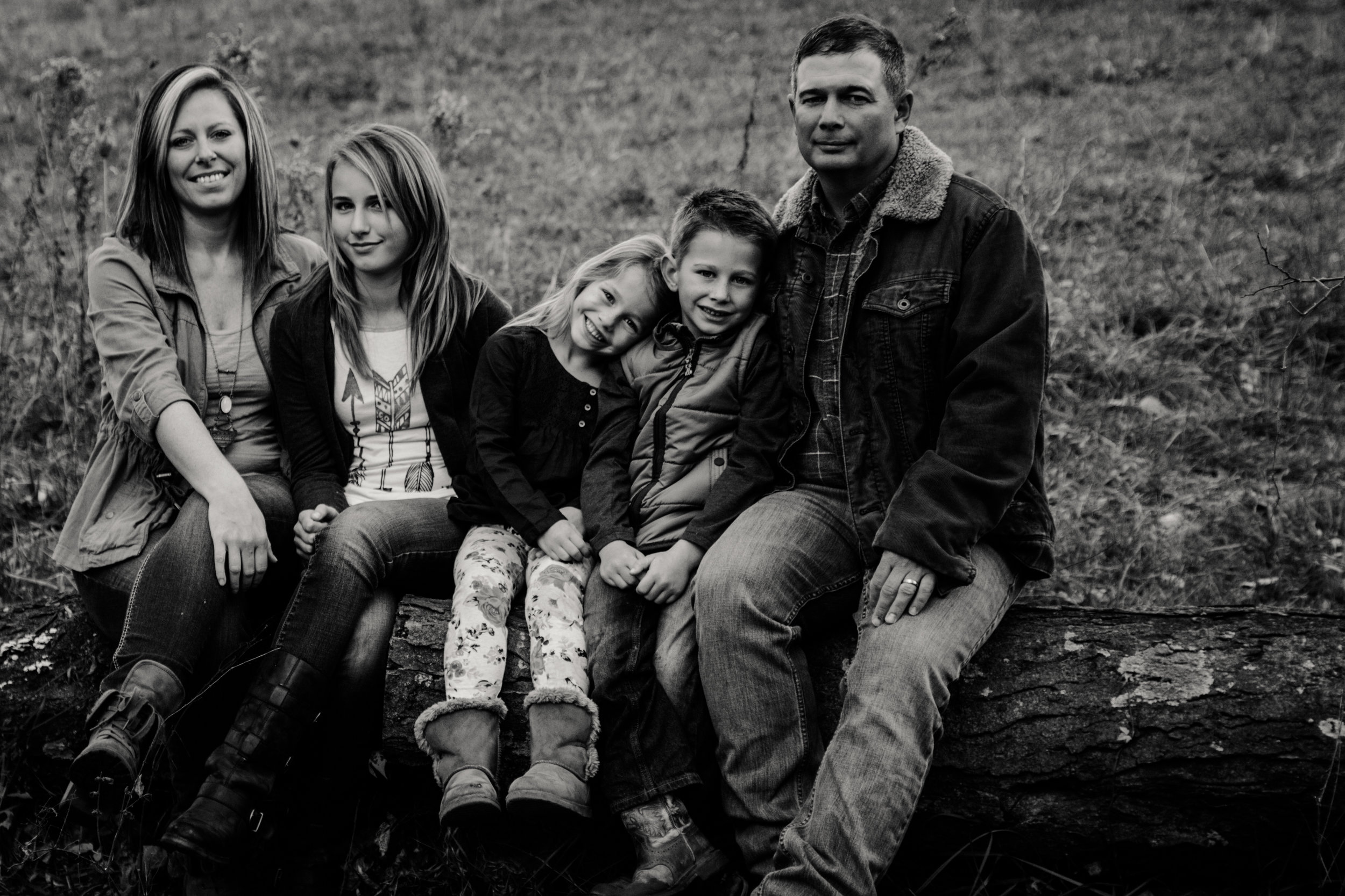 MorganFamilyPhoto.b (1 of 1).jpg