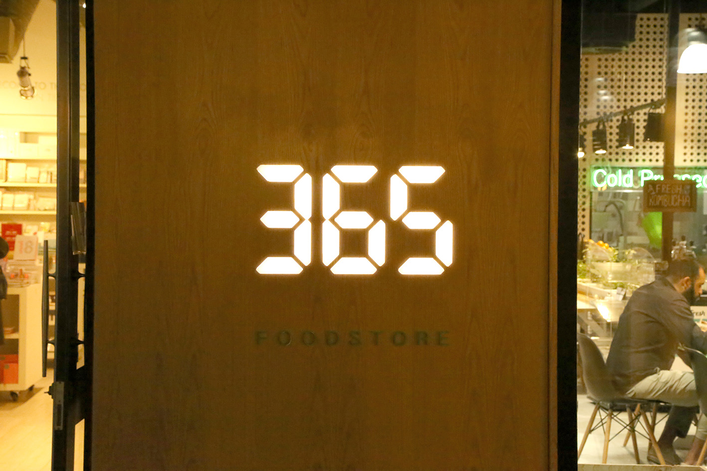 365 Foodstore 6.jpg
