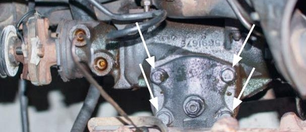 Saginaw Gearbox - with 4 bolt cover