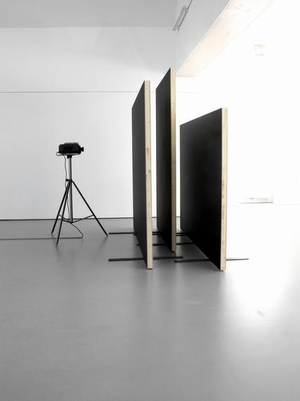 "Sofie Thorse    ""PROVISORISCHES YOGA"" at Grazer Kunstverein"