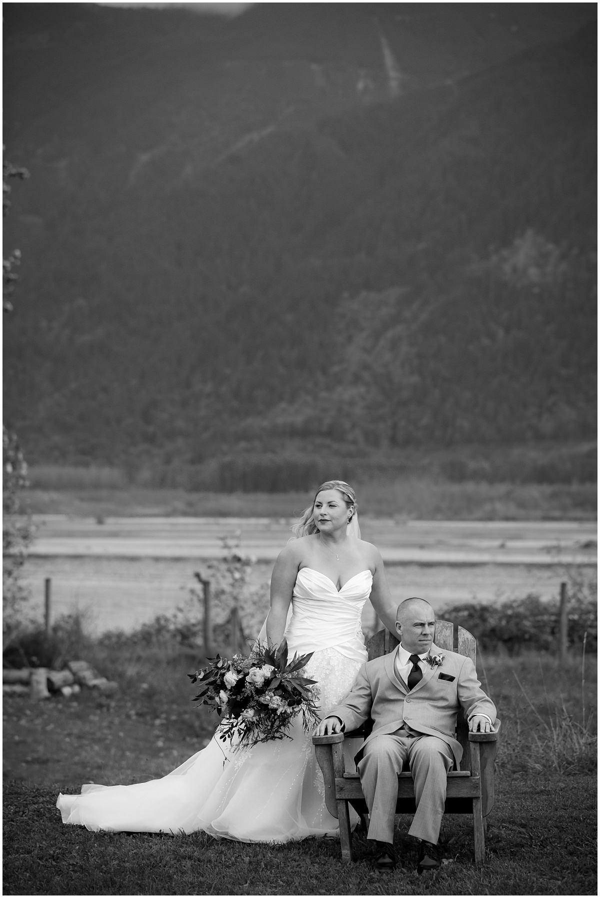 Amazing Day Photography - Fraser River Lodge Wedding - Fall Wedding - Fraser Valley Wedding Photographer - Langley Wedding Photographer (33).jpg