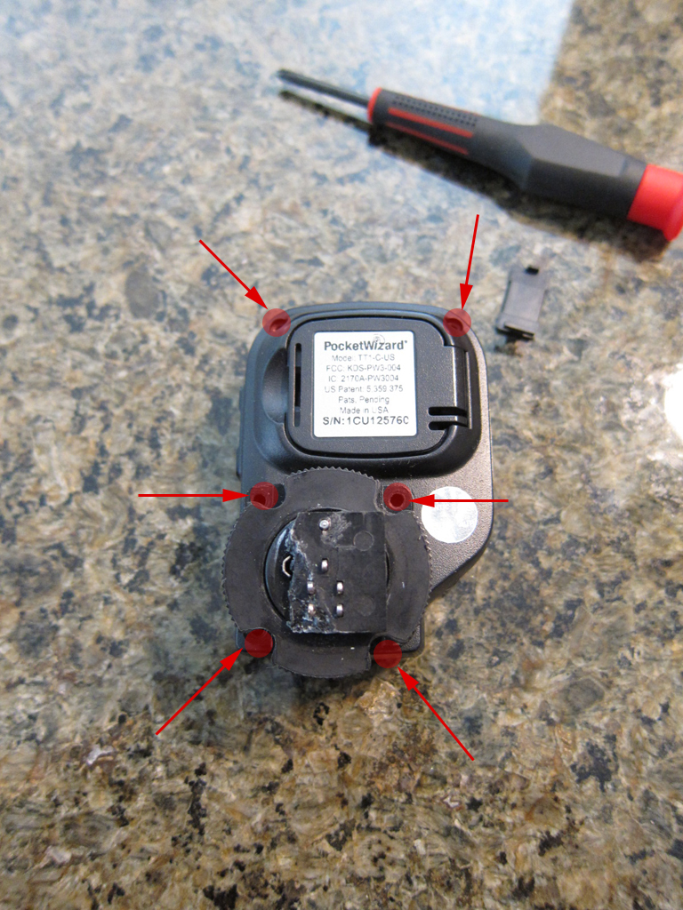 Broken PocketWizard Mini TT1 Hotshoe