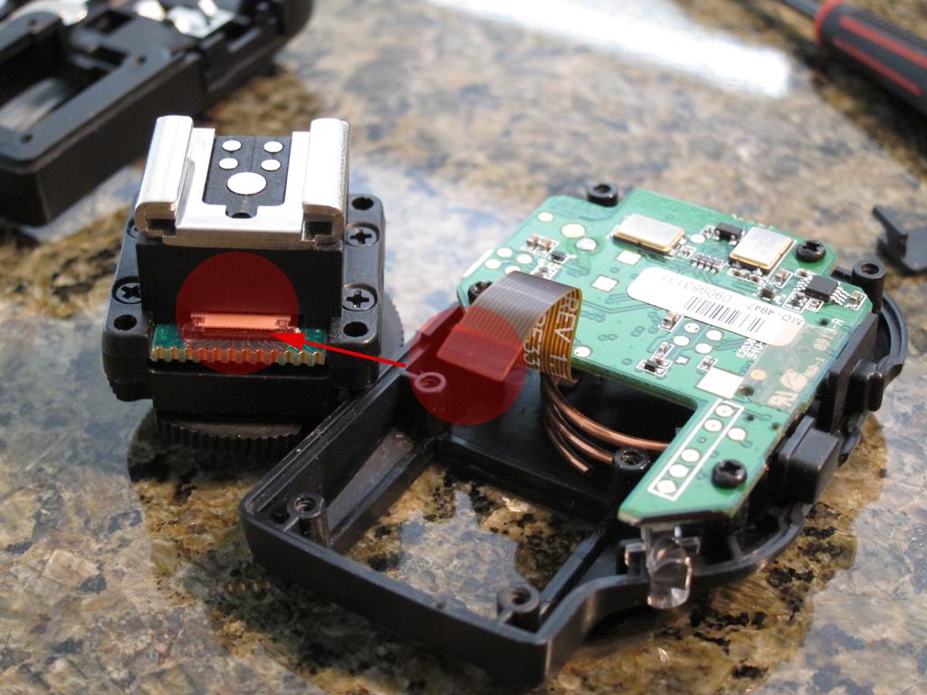 PocketWizard Mini TT1 Internals