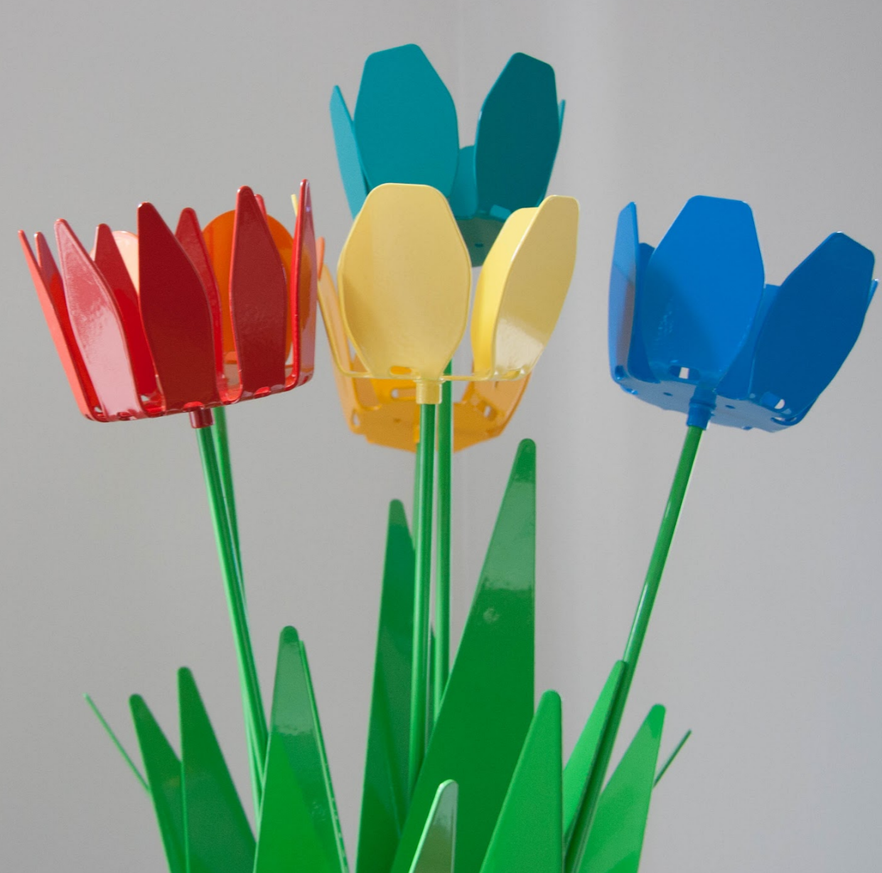 Set of 6 of our 'new' metal petals, in vibrant powder-coat colours.