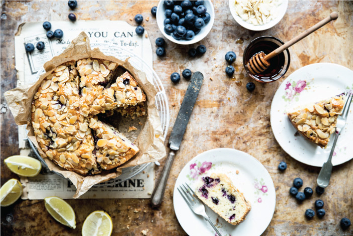 Bea's Mouthwatering Blueberry And Lemon Cake.