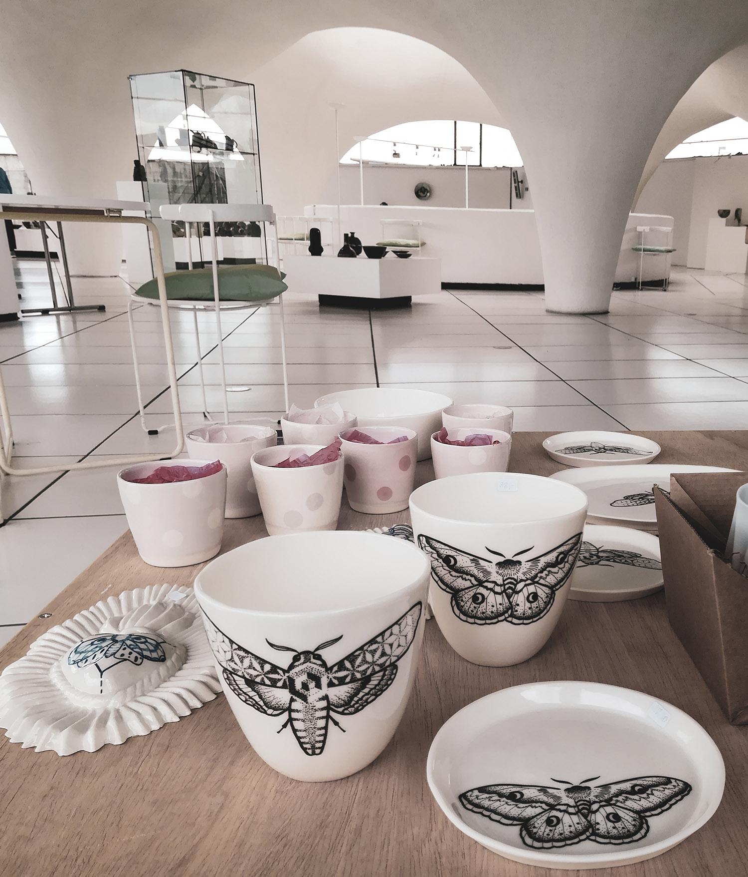 Black Lines porcelain at Keramion Frechen by Antikapratika Berlin-3.jpg