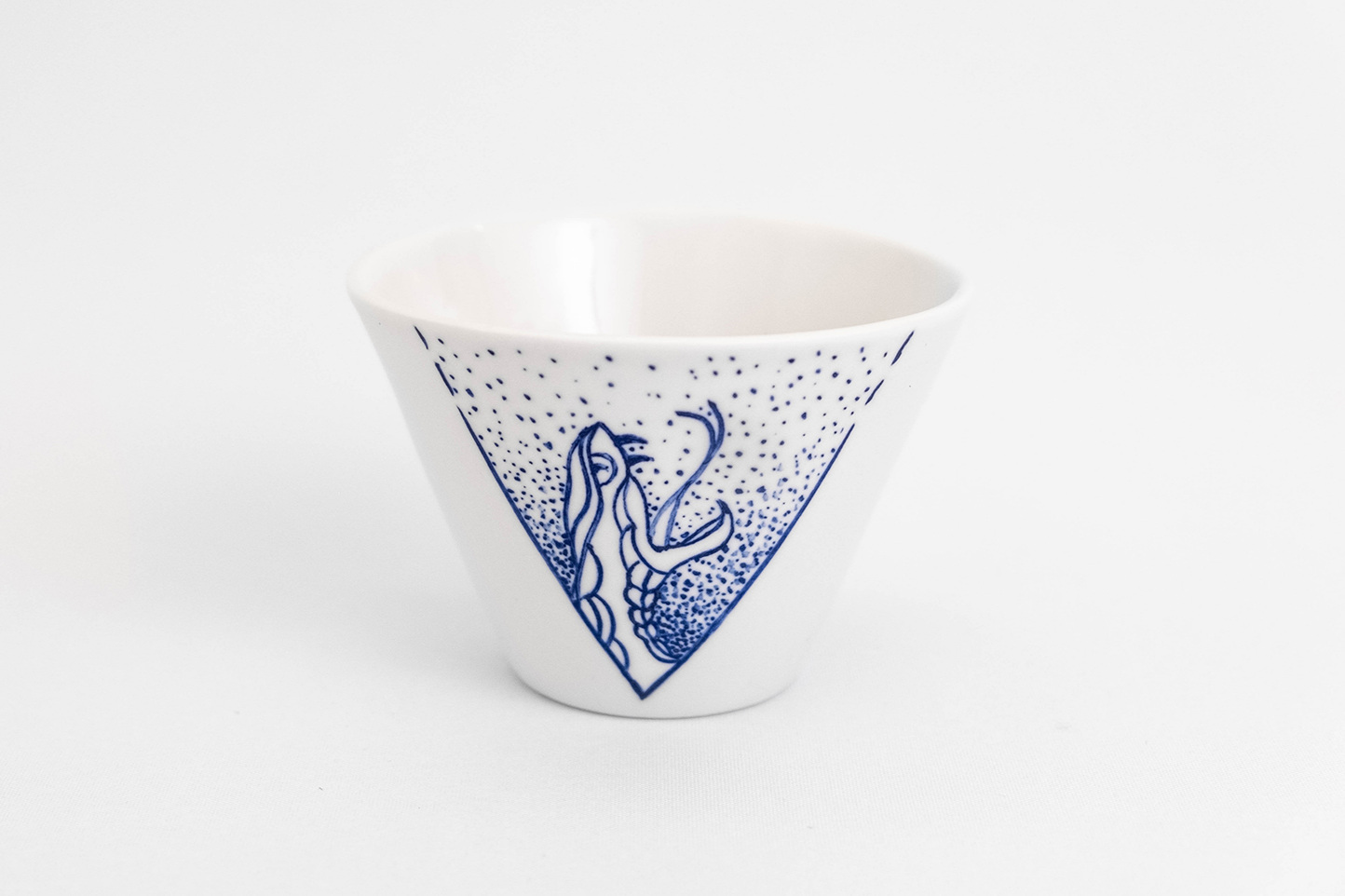 Ceramic blue white cup handmade hand painted delft blau tableware porcelain tattoo snake antikapratika.jpg