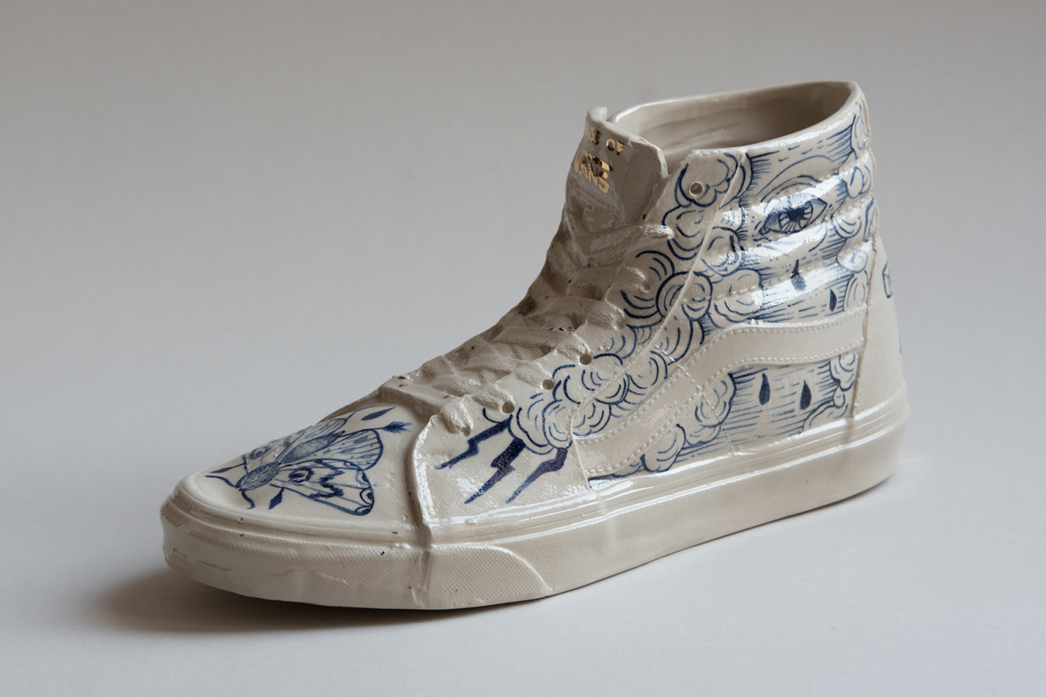 Vans sk8Hi skate shoe porcelain hand painted ceramic blue tattoo handmade Berlin art Marta ANtikapratika.jpg