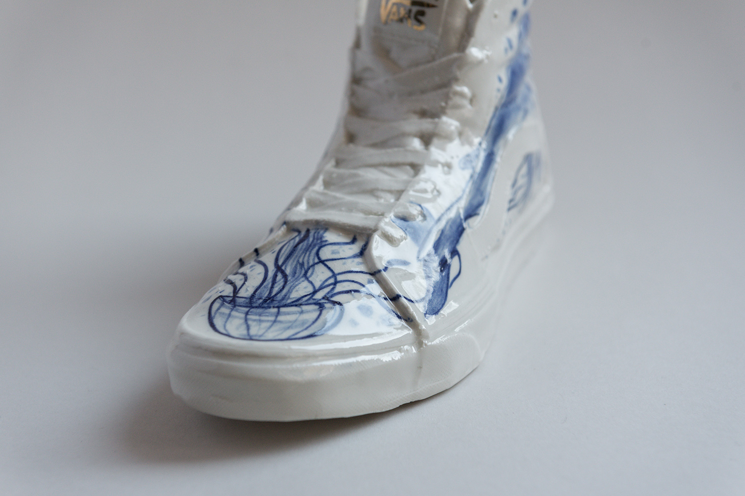 vans whale shoes skate svae the sea antikapratika ceramic art berlin .jpg