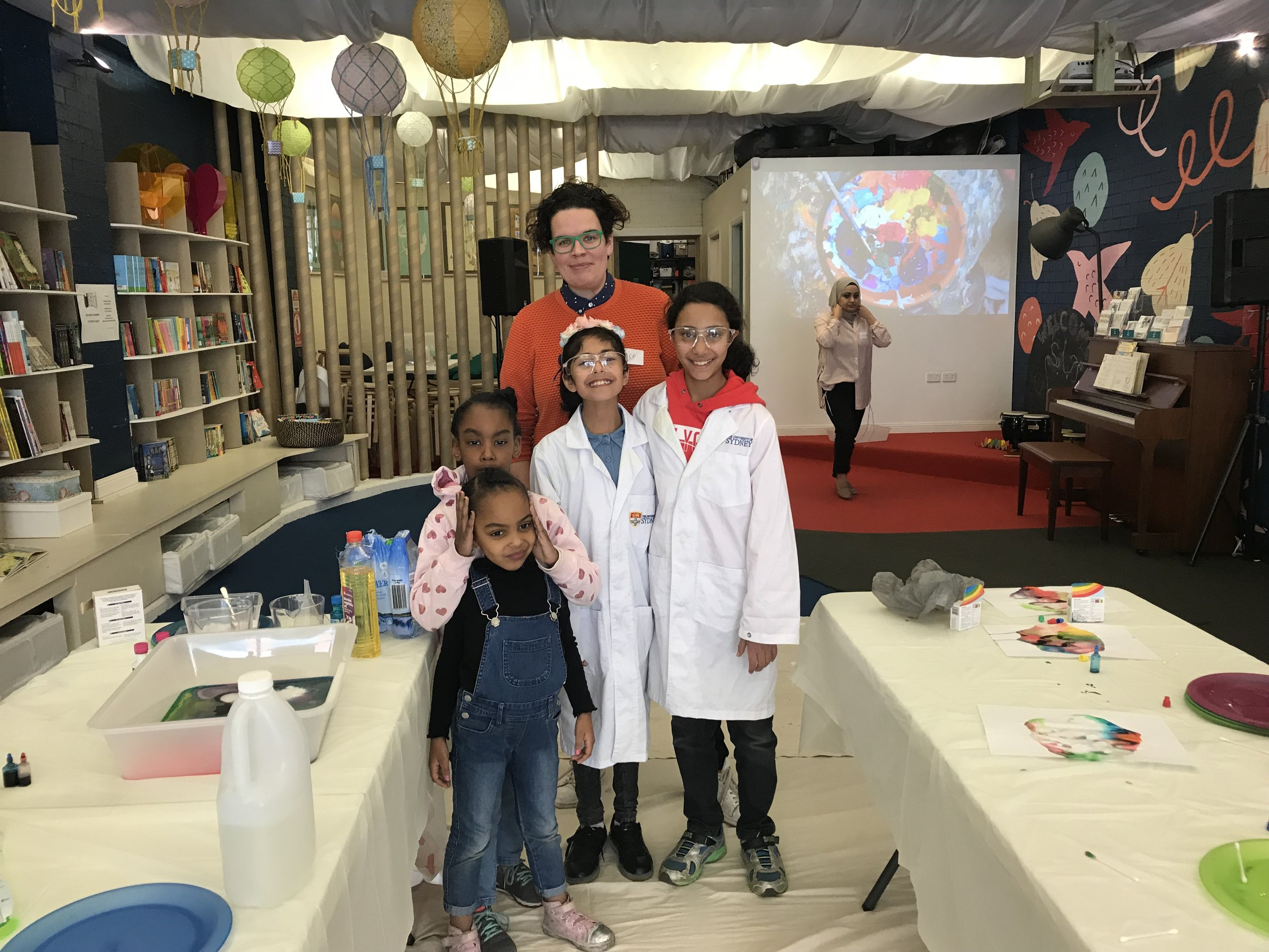 STEAM Workshops at Lost in Books with the next generation of scientists led by Dr Alice Williamson, chemist and science communicator