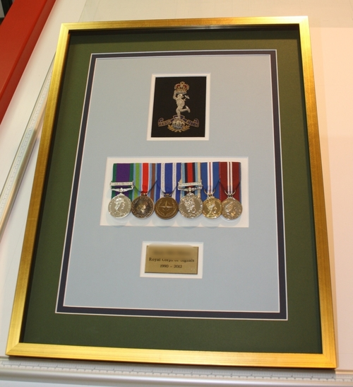 hampshire-picture-framing-medals-004.jpg