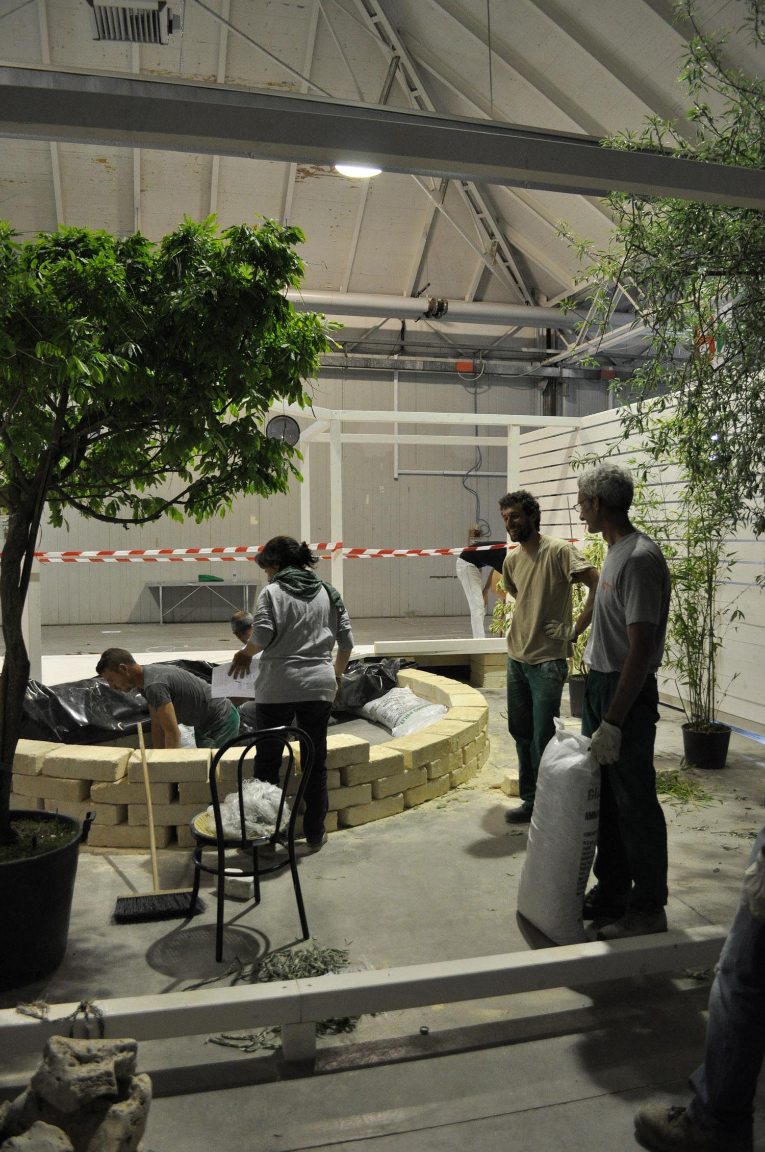 Under construction @Italian Koi Show, Cesena, Italy (May 2014)