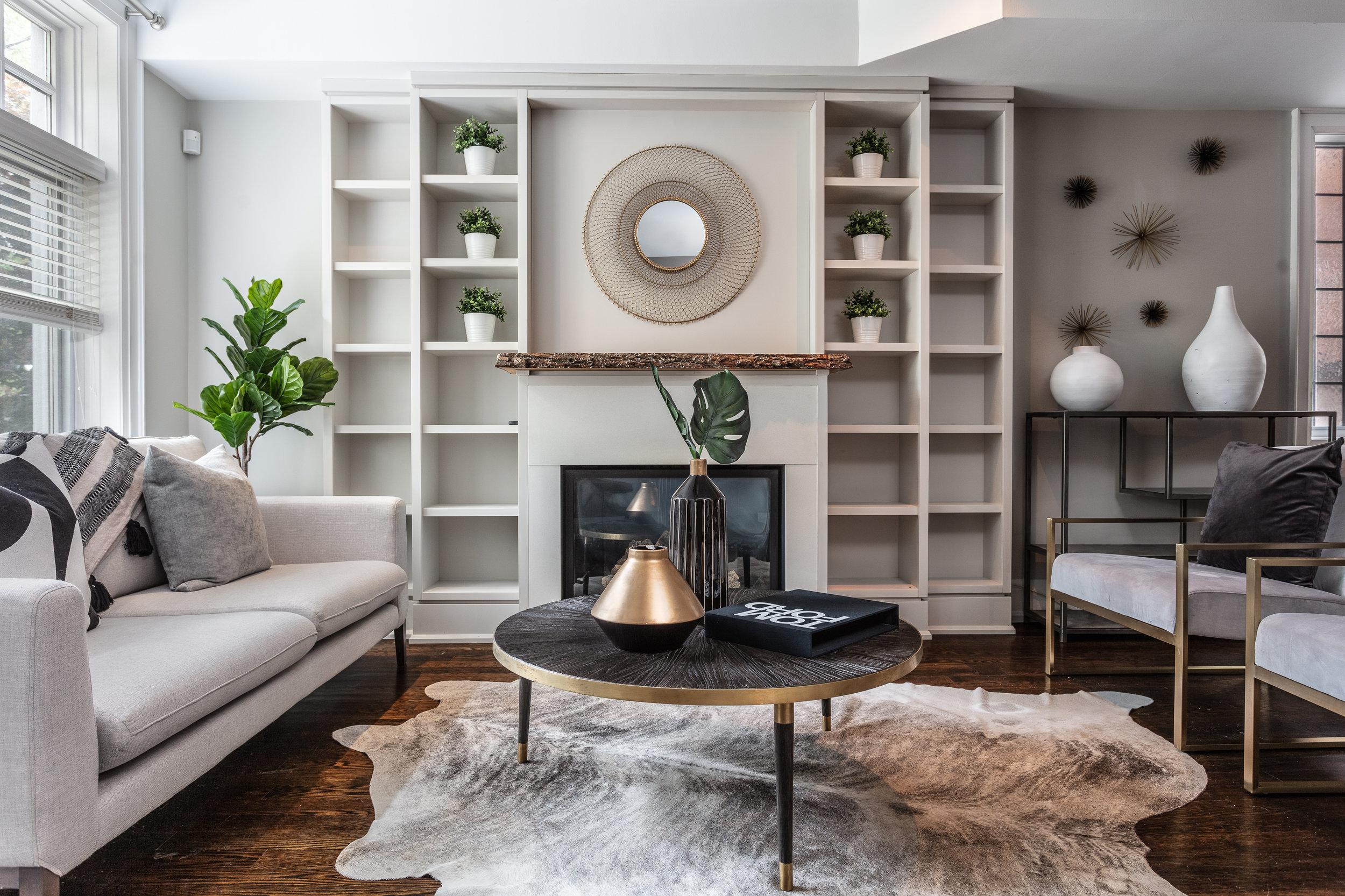 298 Glen Road - Living Room