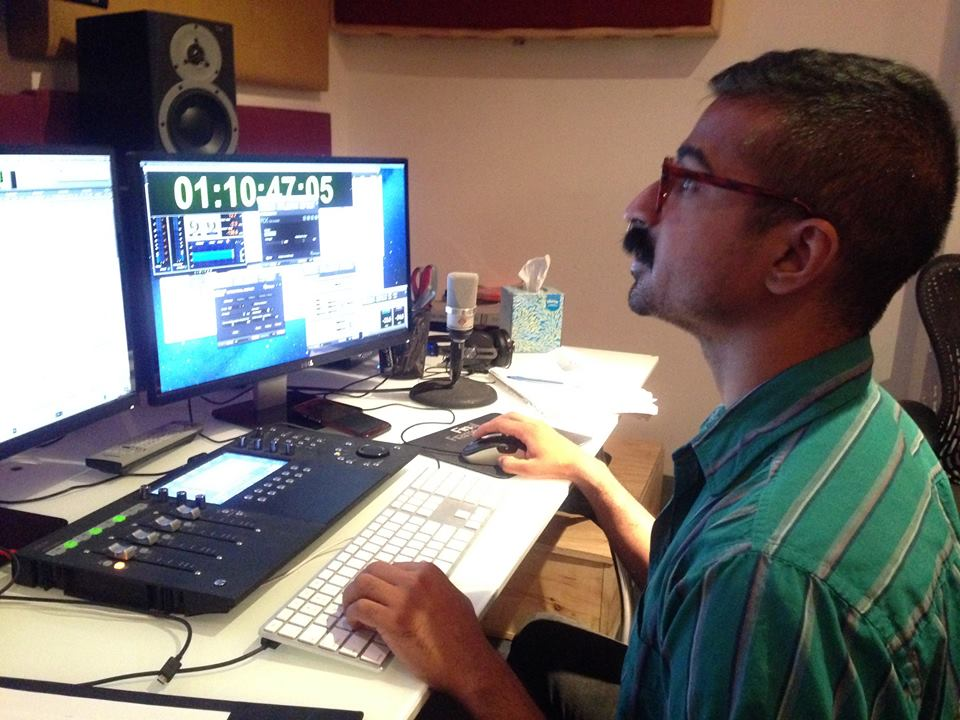 Editor Arjun Sheth putting the best dialogue takes together at Final Frame.