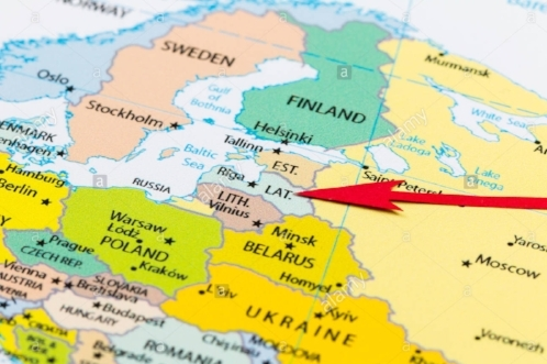 red-arrow-pointing-latvia-on-the-map-of-europe-continent-HEDMCC.jpg