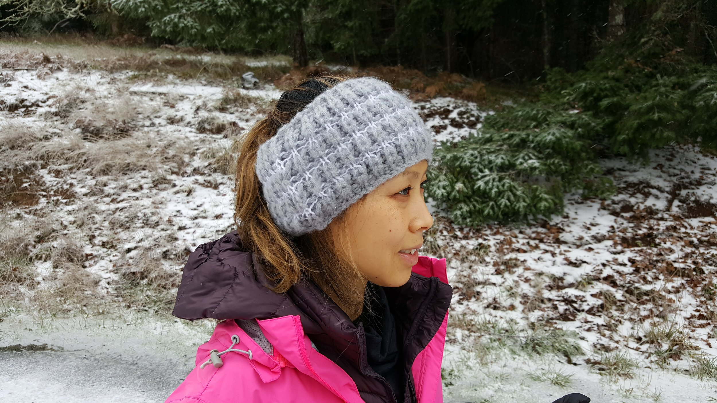 Accessorize with cold weather gear (Road Runner Sports Ear muffs do the trick)