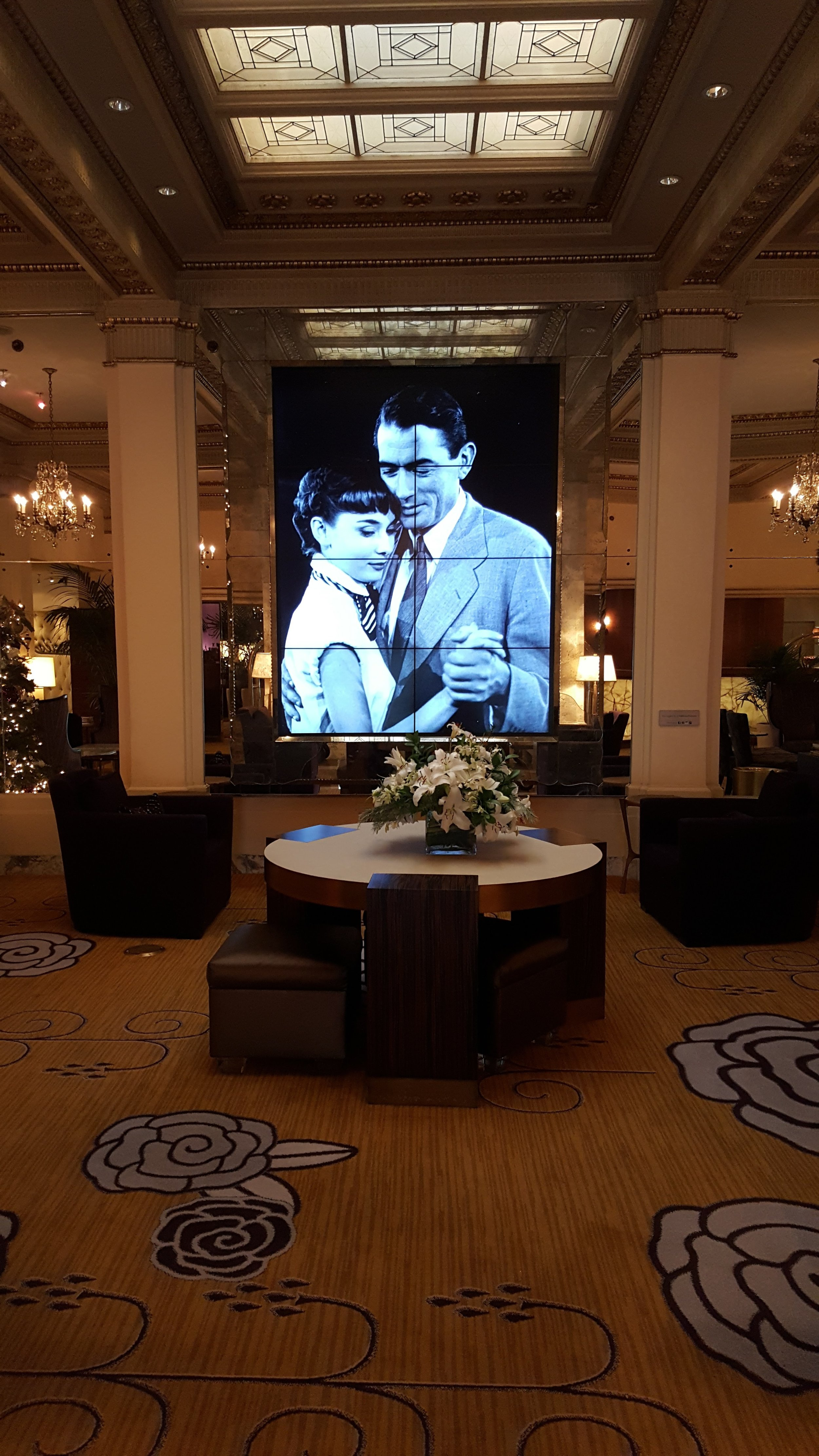 Hotel deLuxe exudes Old Hollywood Glamour with all the modern amenities.