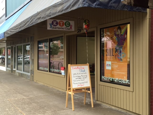 Located in Downtown Corvallis on 2nd street, Kidsthletics offers diverse programs for kids ages 3 months to 14 years old!