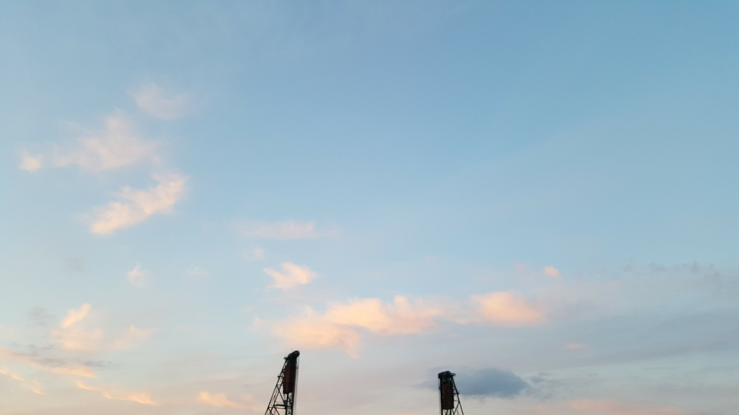 This is the sky as we listened to Chris Isaak at the Waterfront Blues festival!