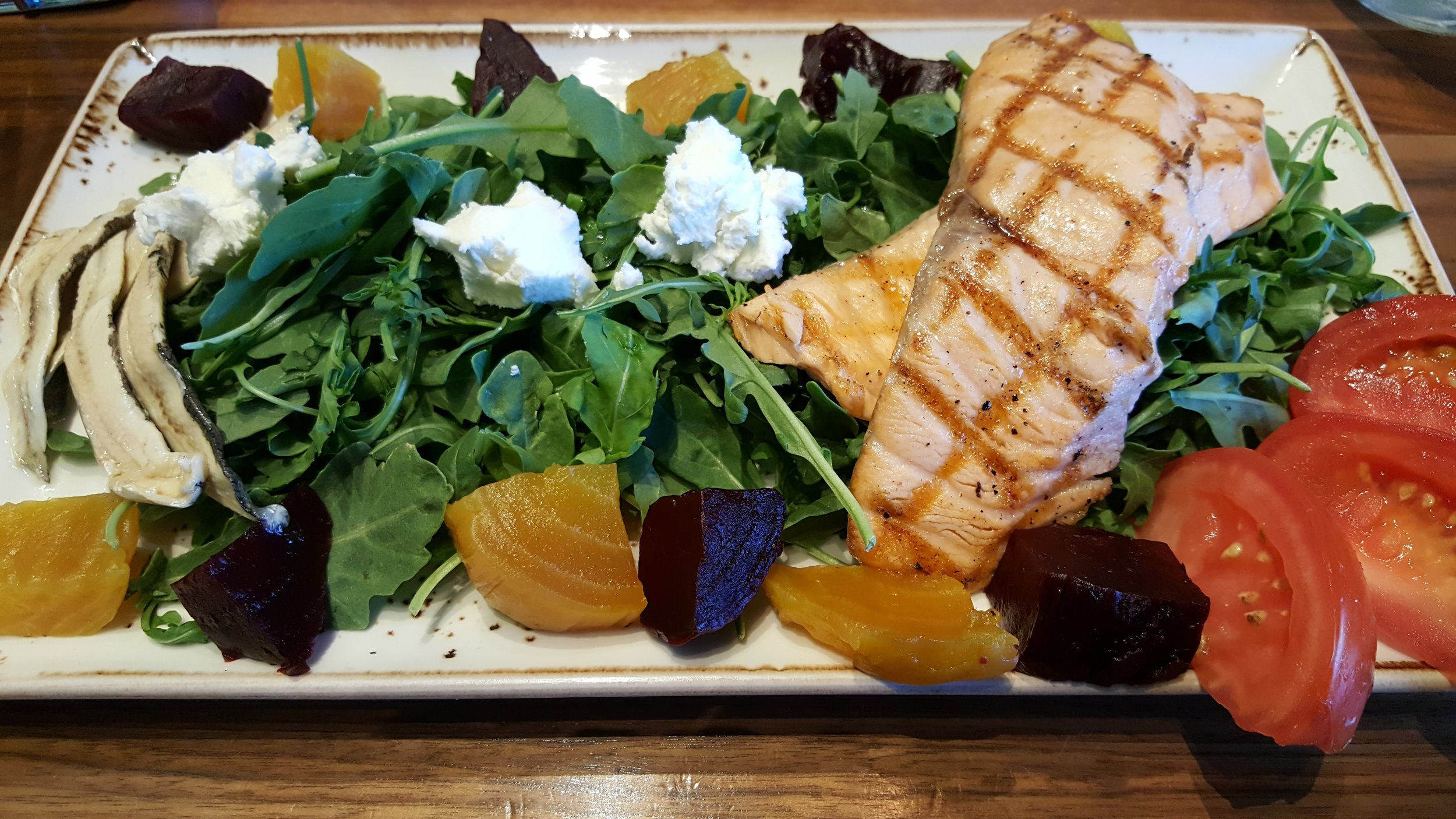 Carson's American Kitchen serves up healthy salads