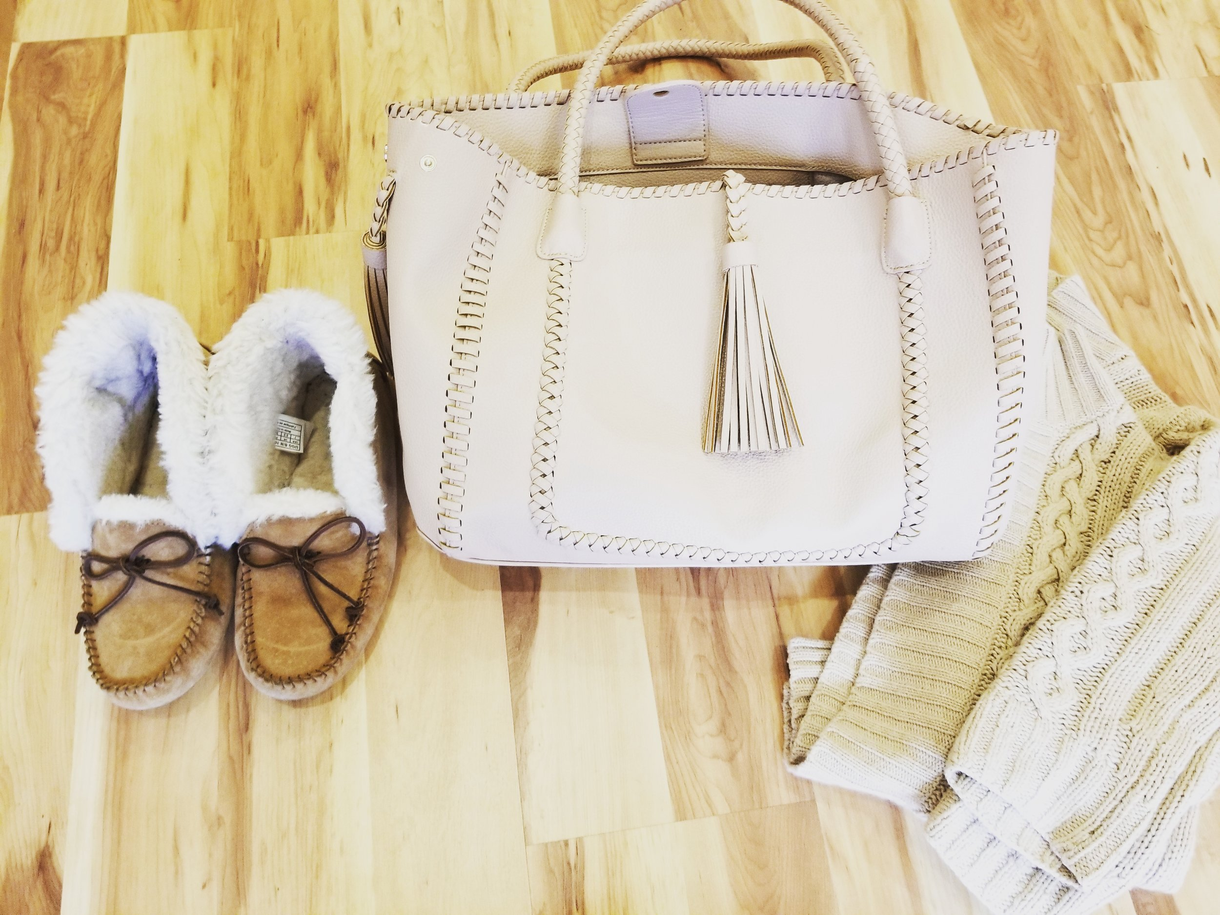 Recently I have been obsessed with neutral palette - beige, light, pale pink