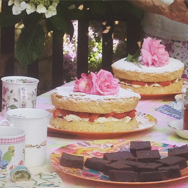 Nothing like an English tea and cake!  #cotswolds #stay #summer #cake #bliss