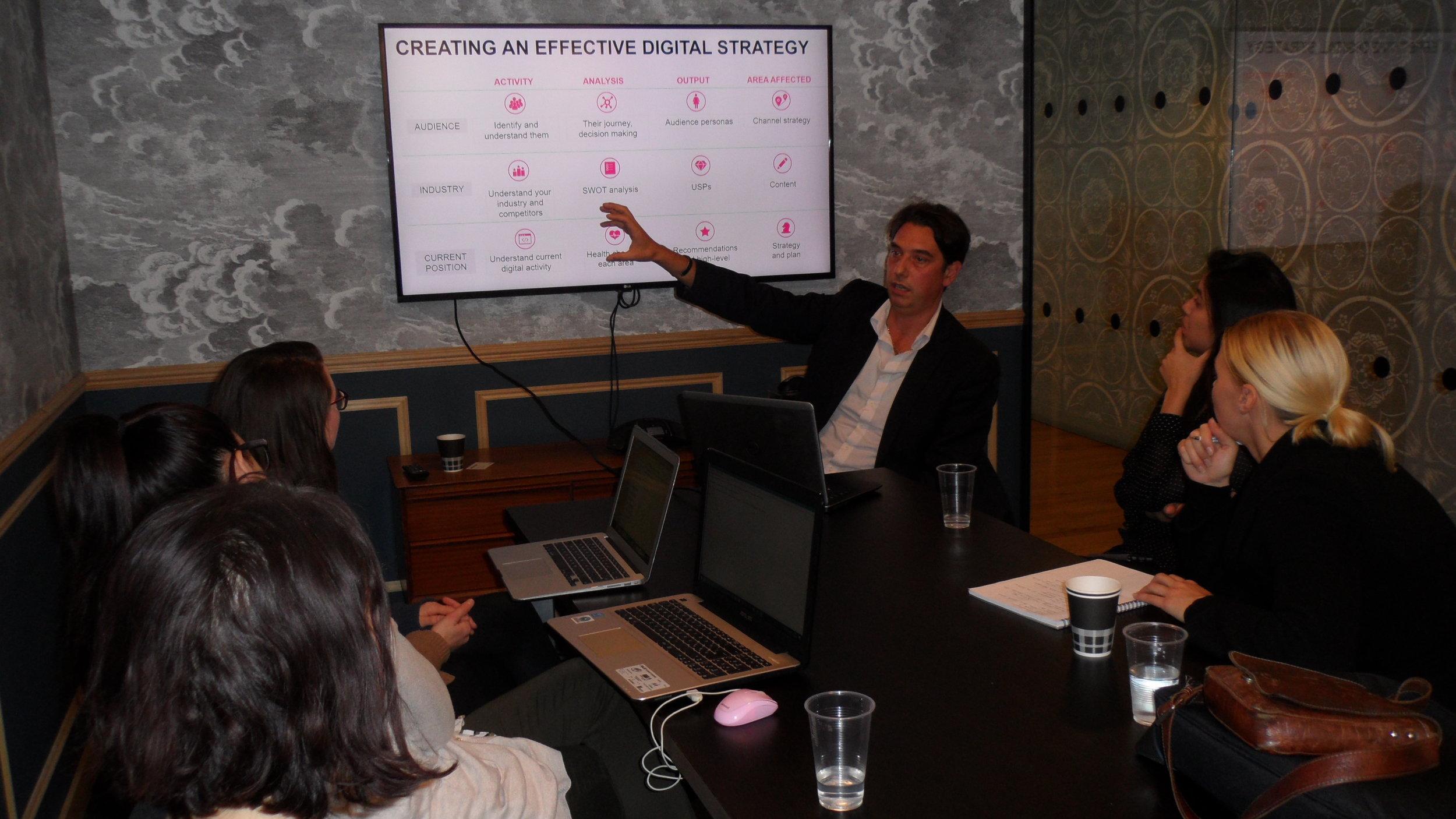 Elliott King presenting the Digital Marketing workshop