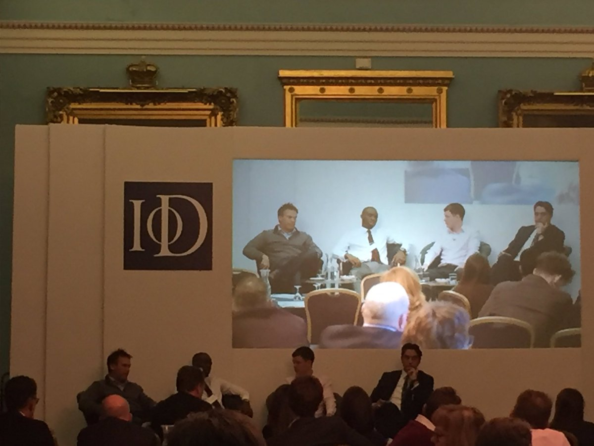 Elliott King speaking and moderating the discussion panel at the IoD conference, 'Accelerating Growth in the Digital Age'.