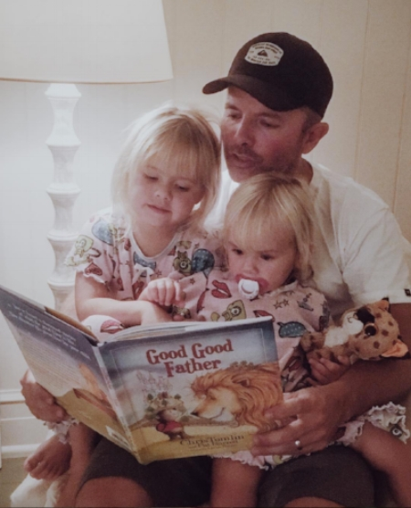 """""""It's been really special with those two little girls in my lap reading it."""" -Tomlin"""