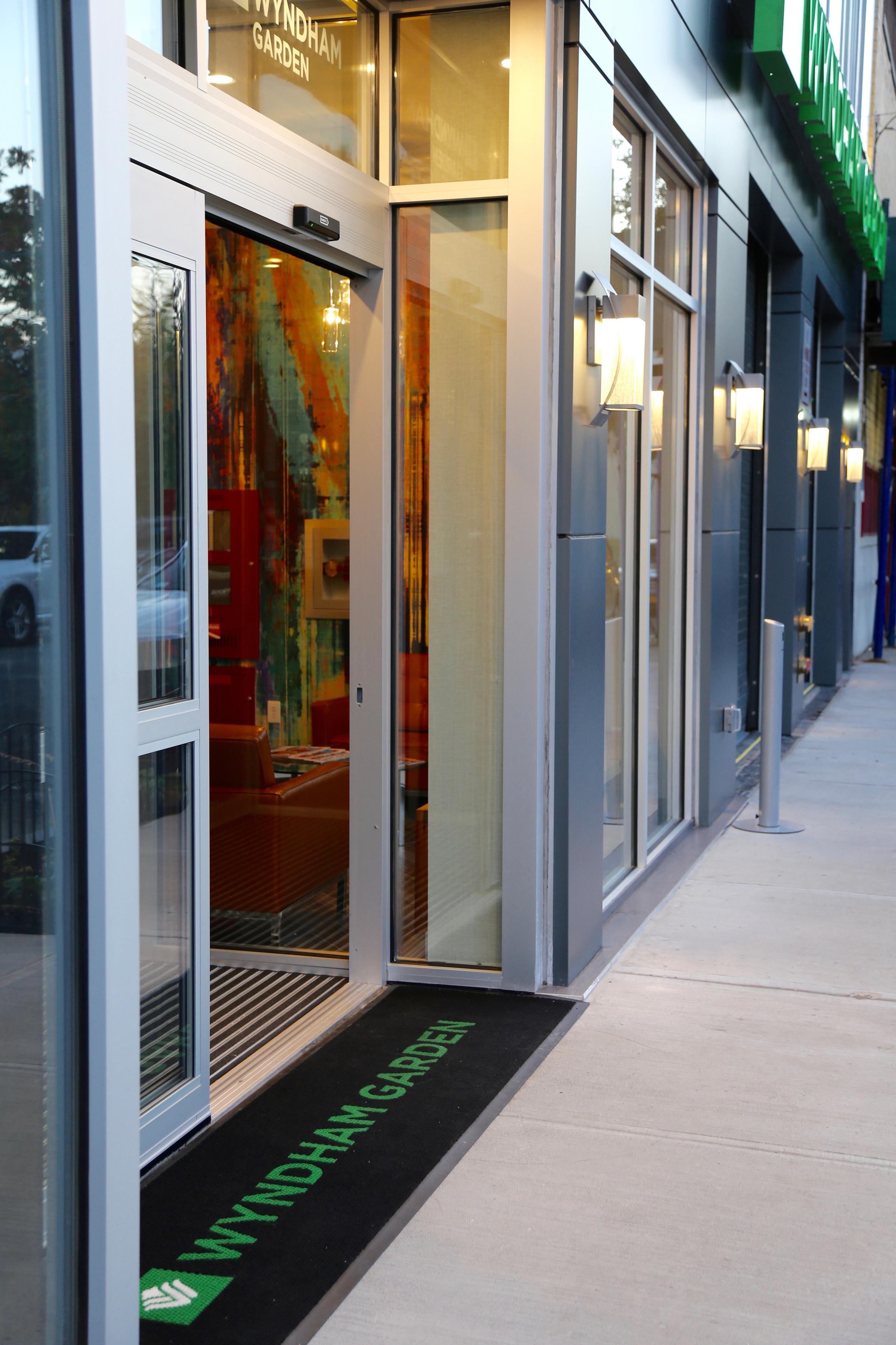 Wyndham Garden LaGuardia South Hotel Entrance