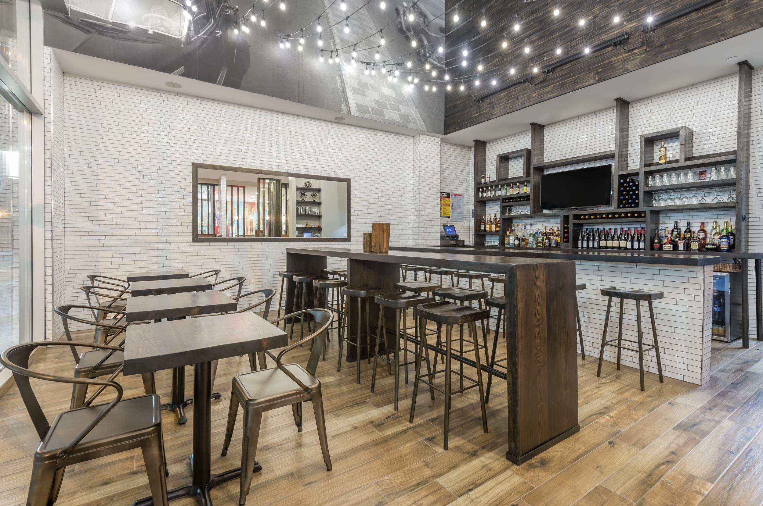 BLVD Bistro & Bar