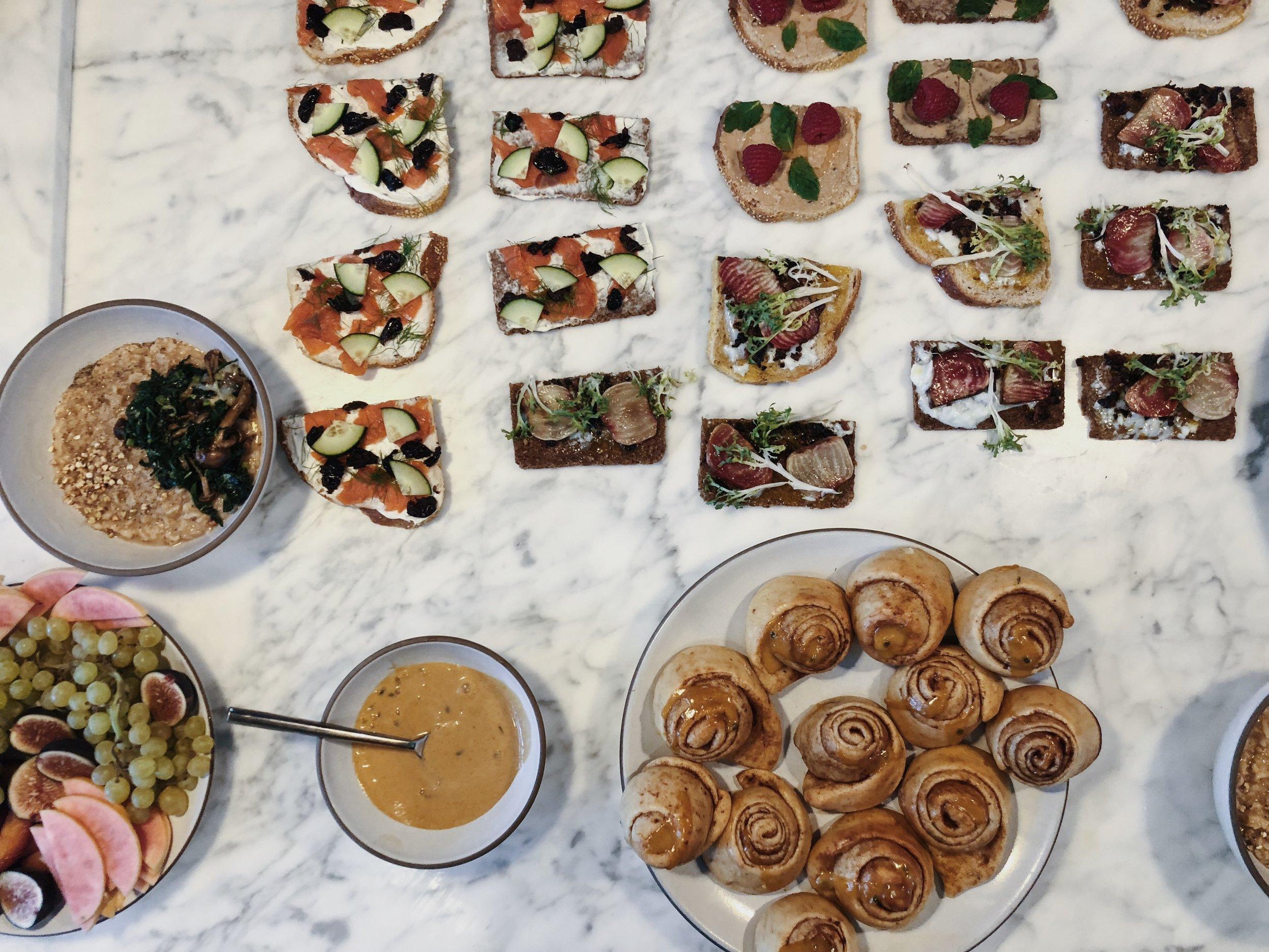 Airbnb breakfast offsite, October 2018