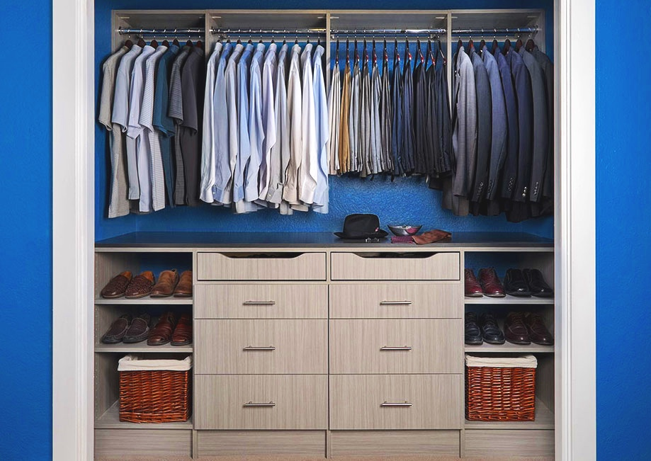 Choose a breakup basket that fits seamlessly into your closet.  Call Closets of Tulsa  today for your FREE consultation and 3-D closet design:  918.609.0214