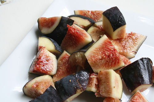 cut up figs