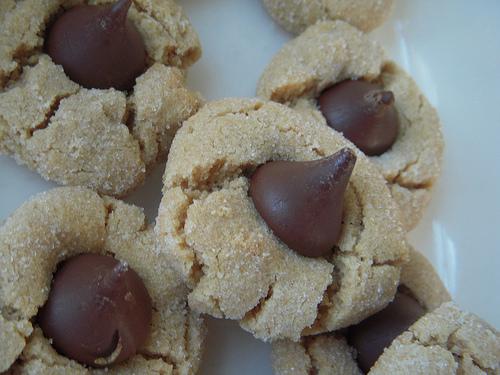 kiss cookies