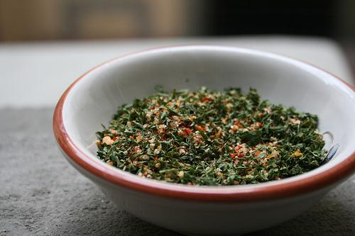 dried herbs www.talkoftomatoes.com