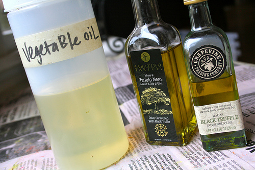 truffle oil   talkoftomatoes.com