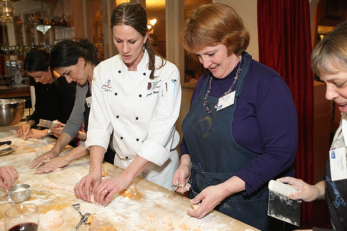 janelle teaching gnocchi making @talkoftomatoes