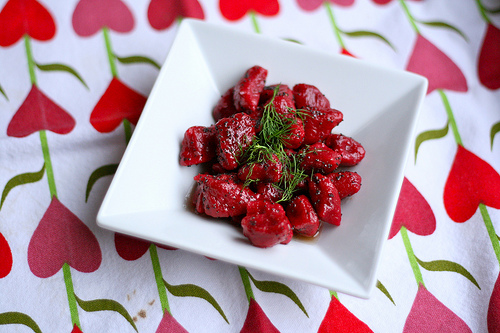 beet gnocchi www.talkoftomatoes.com