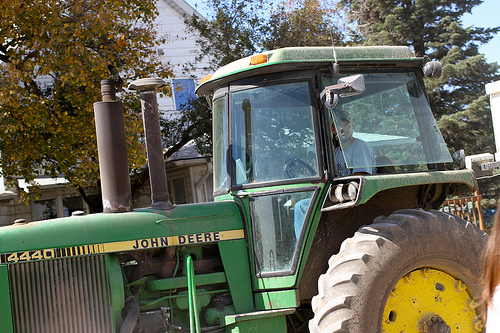 tractor via talkoftomatoes.com