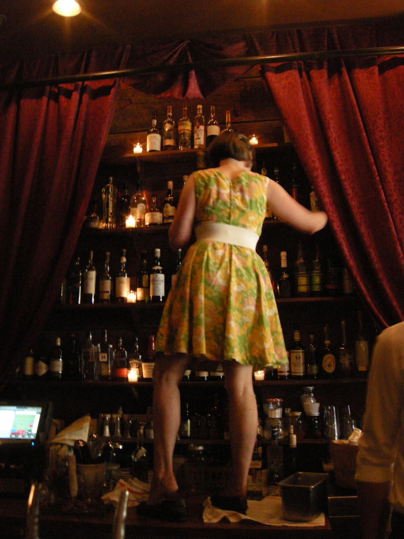 bartendress.jpg