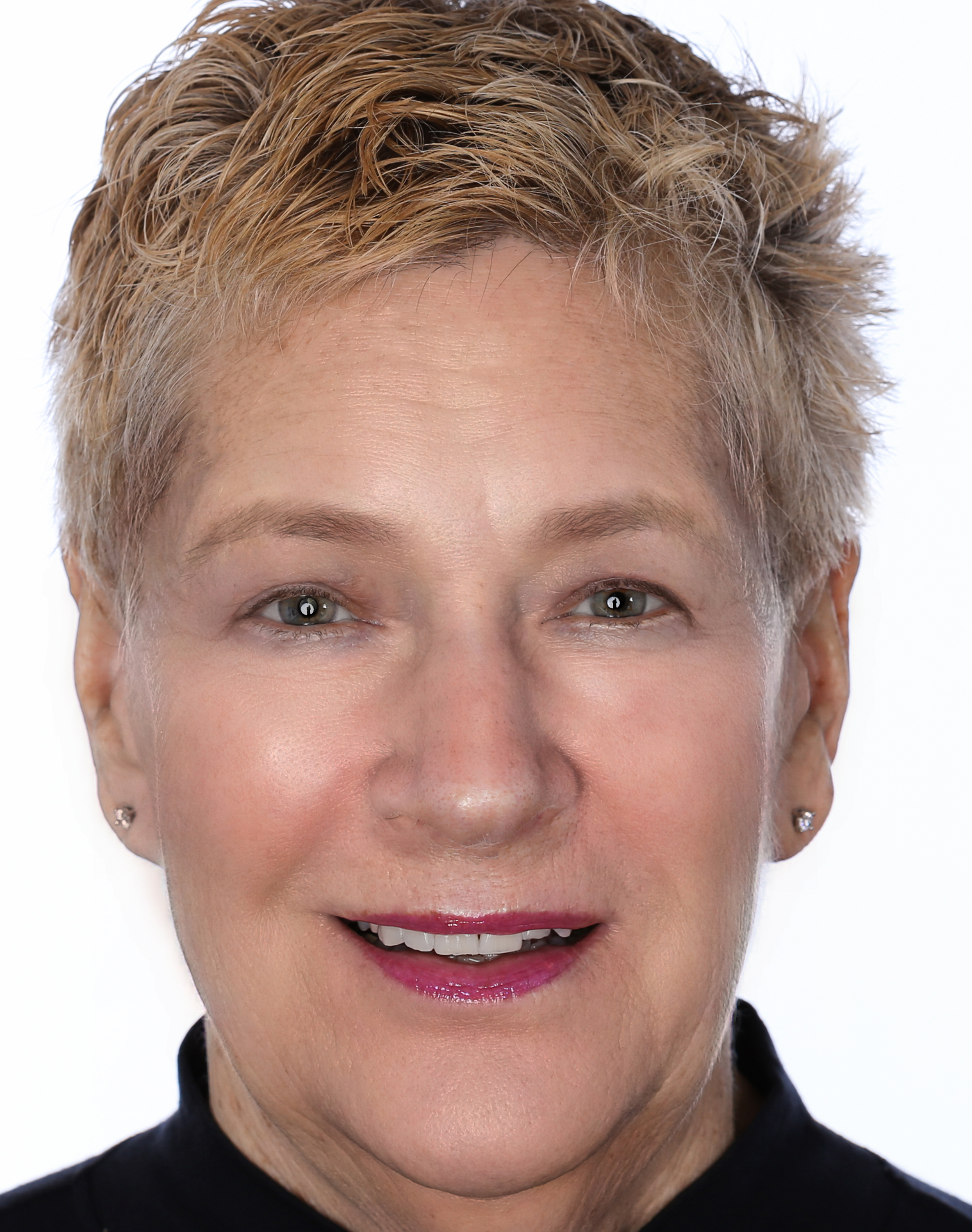 Susan Perloff Head shot April Harwi.jpg