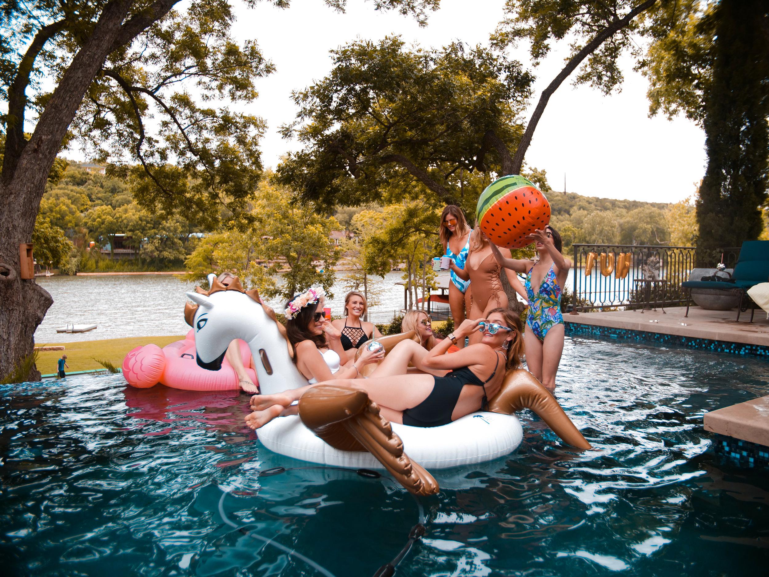 BASHATX Bachelorette Party Lake Austin (1).jpg
