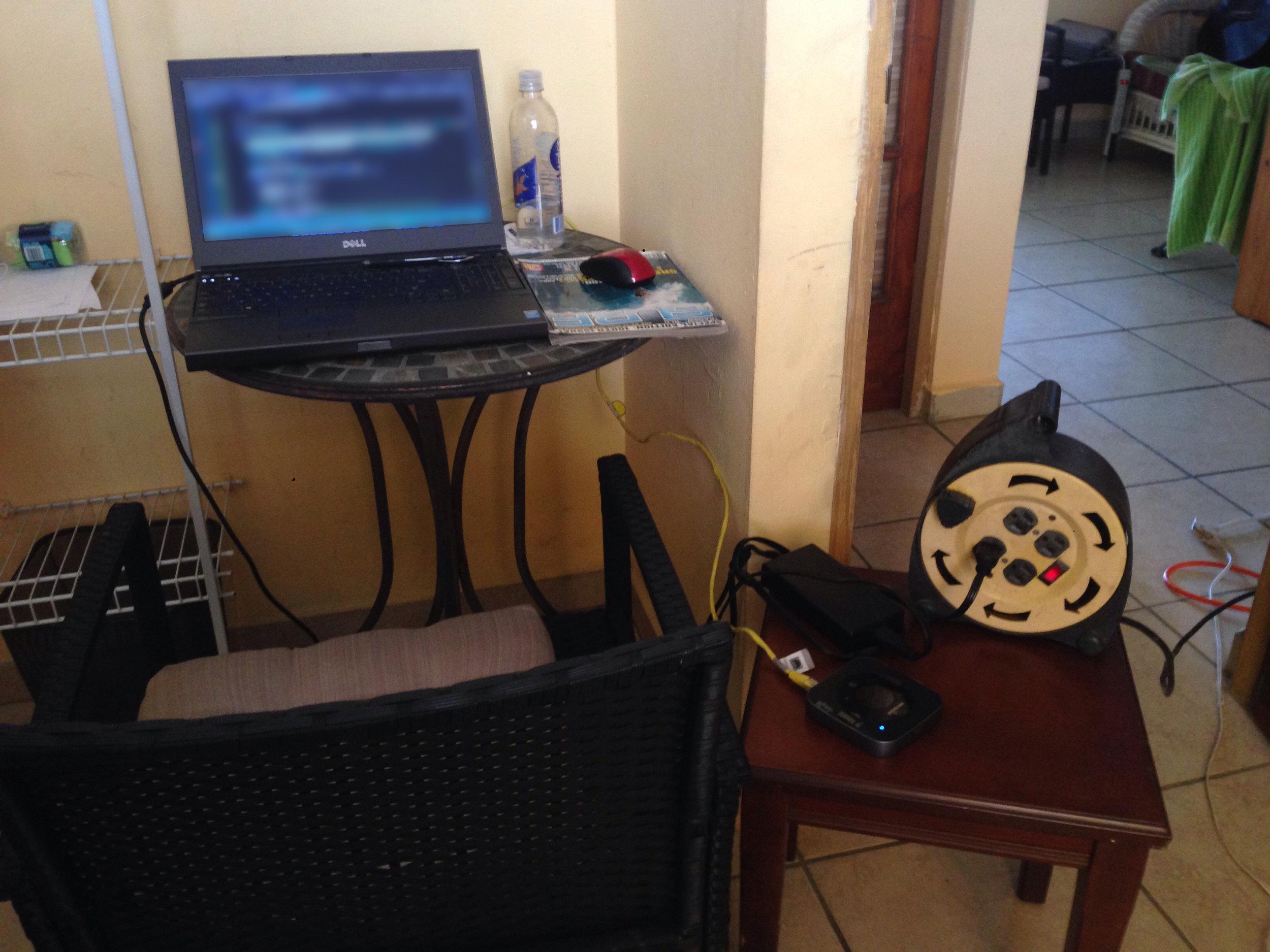 comp blug hostel.jpg