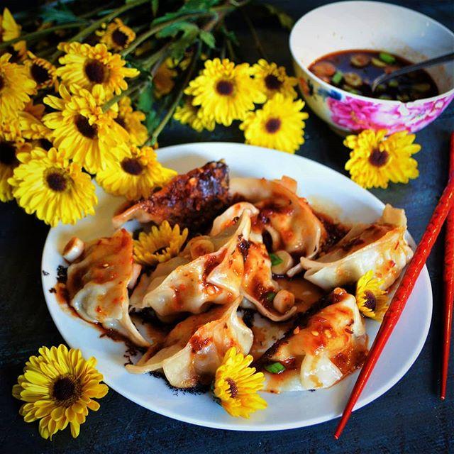 Homemade dumplings with spicy sauce!! There's really nothing better. #Dumplings #餃子 #DumplingsForLife #DumpsLikeATruck #DumpsInMyLumps #DumplingFreak #TryAndStopMe #IllFightYou #DontNeedSaving #DumplingsWin #FryTheBottoms #CrispyBottomDumps #DinTaiFungCantCompete #JKDinTaiFungIsBae #🥟 #❤