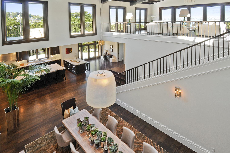 dining table, open floor plan, kitchen